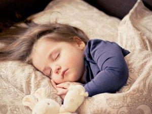 kind slapen